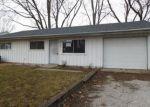 Foreclosed Home en CARRELTON DR, Champaign, IL - 61821