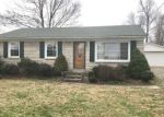 Foreclosed Home en KENDALL RD, Louisville, KY - 40272