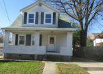 Foreclosed Home en OAKCREST AVE, Parkville, MD - 21234