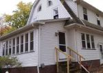 Foreclosed Home en EUREKA PKWY, Cleveland, OH - 44130