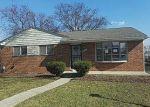 Foreclosed Home en KELSEY DR, Warren, MI - 48091
