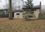 Foreclosed Home en AUGDON DR, Elyria, OH - 44035