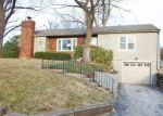 Foreclosed Home en N COLLEGE AVE, Kansas City, MO - 64117