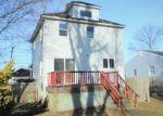 Foreclosed Home en DOLAN AVE, Matawan, NJ - 07747