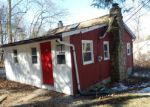 Foreclosed Home en OLD WOODLAND TRL, Oak Ridge, NJ - 07438