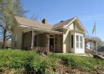 Foreclosed Home en MAIN ST, Lexington, MO - 64067