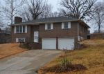 Foreclosed Home en MEADOW VIEW DR, Jefferson City, MO - 65109