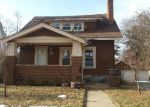 Foreclosed Home en W IROQUOIS RD, Pontiac, MI - 48341