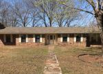 Foreclosed Home en CARTER ST, Pocola, OK - 74902