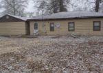 Foreclosed Home en S 33RD ST, Belleville, IL - 62226