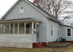 Foreclosed Home en W MADISON ST, Mackinaw, IL - 61755