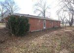 Foreclosed Home en LEE ST, Granite City, IL - 62040