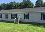 Foreclosed Home en DEERVIEW DR, Duck River, TN - 38454