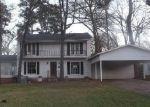 Foreclosed Home en EMMONS ST, Kilgore, TX - 75662