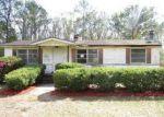 Foreclosed Home en KENNDLE RD, Jacksonville, FL - 32208