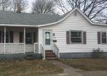 Foreclosed Home en E CHAPIN ST, Cadillac, MI - 49601