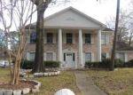 Foreclosed Home en BALTIC LN, Houston, TX - 77090