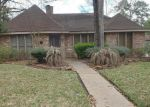 Foreclosed Home en GOLDEN LAKE DR, Kingwood, TX - 77345