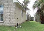 Foreclosed Home en ATASCADERO DR, Manvel, TX - 77578