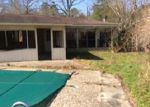Foreclosed Home en TYLER ST, Vidor, TX - 77662