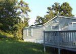 Foreclosed Home en WOOD FARM RD, Huntsville, TX - 77320