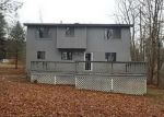 Foreclosed Home en WOOSTER ST, Naugatuck, CT - 06770