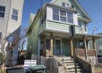 Foreclosed Home en CENTER ST, Bridgeport, CT - 06604