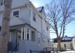 Foreclosed Home en COMSTOCK AVE, Providence, RI - 02907