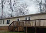 Foreclosed Home en BOXWOOD FARM RD, Amherst, VA - 24521