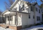 Foreclosed Home en SUNRISE DR, Kansas City, MO - 64123