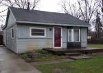 Foreclosed Home en DUNREATH ST, Walled Lake, MI - 48390