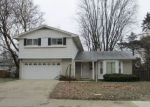 Foreclosed Home in N LARKMOOR DR, Southfield, MI - 48076