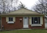 Foreclosed Home in S EDGEWORTH AVE, Royal Oak, MI - 48067