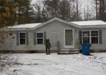 Foreclosed Home en TOWER HILL RD, Houghton Lake, MI - 48629