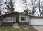 Foreclosed Home en OAKLEY AVE, Lansing, IL - 60438