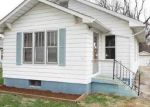 Foreclosed Home en GLADYS AVE, Godfrey, IL - 62035