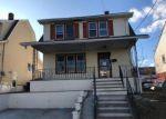 Foreclosed Home en E 19TH ST, Paterson, NJ - 07524