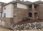 Foreclosed Home en W DREXEL AVE, Franklin, WI - 53132