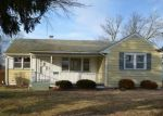 Foreclosed Home en POLK ST, Riverside, NJ - 08075