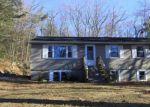 Foreclosed Home en DEEPWOOD RD, Stafford Springs, CT - 06076