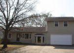Foreclosed Home en IRVING ST, Pryor, OK - 74361