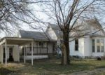 Foreclosed Home en S BURKE ST, Versailles, MO - 65084