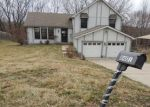 Foreclosed Home en NW 68TH ST, Kansas City, MO - 64152