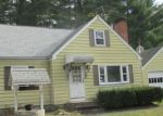 Foreclosed Home en W FOREST DR, Enfield, CT - 06082