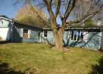 Foreclosed Home en GREGORY DR, Zion, IL - 60099