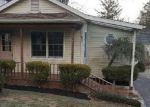 Foreclosed Home en SPRUCE LN, Clementon, NJ - 08021