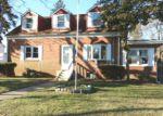 Foreclosed Home en WOOLSEY ST, Trenton, NJ - 08610