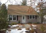 Foreclosed Home en LYNWOOD DR, Willimantic, CT - 06226