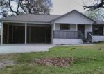 Foreclosed Home en N CHURCH ST, Goliad, TX - 77963