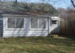 Foreclosed Home en N NAVARRE AVE, Youngstown, OH - 44515